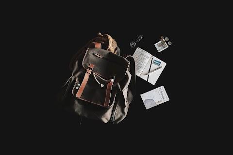 CUENTO Una rubia en mi bolsa | Edith Villanueva Siles