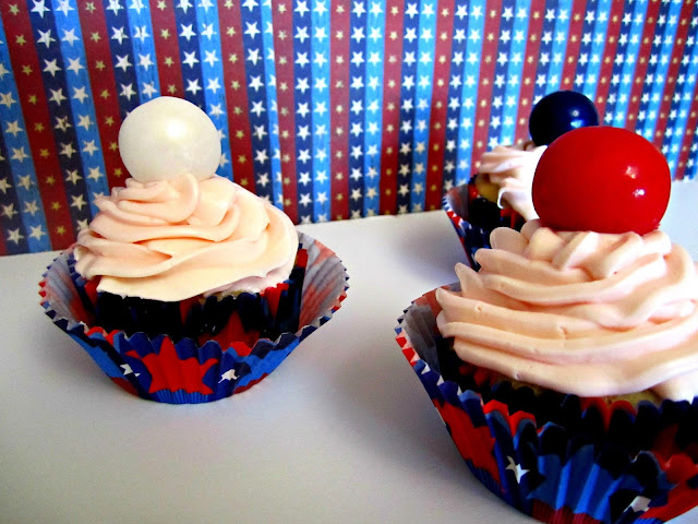 4th of July cupcakes, cupcakes, patriotic gumballs, Fizzy Party
