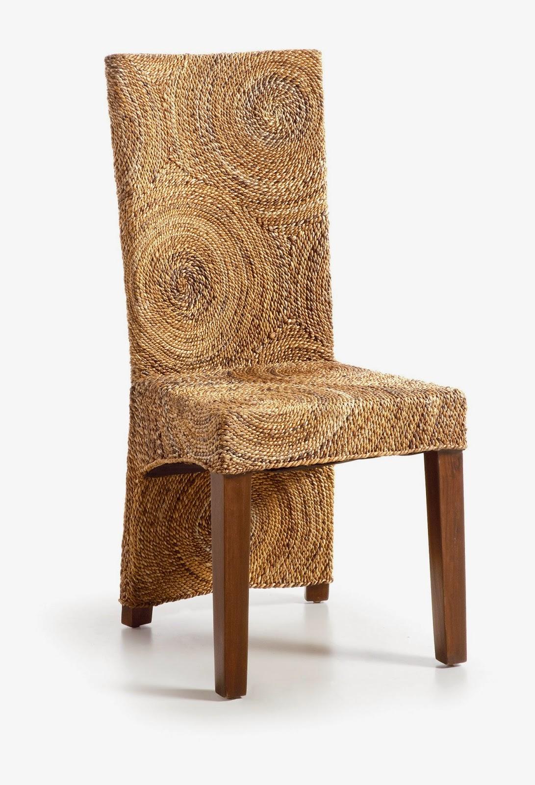 Muebles de comedor 4 sillas de rattan para un comedor for Comedor redondo 5 sillas