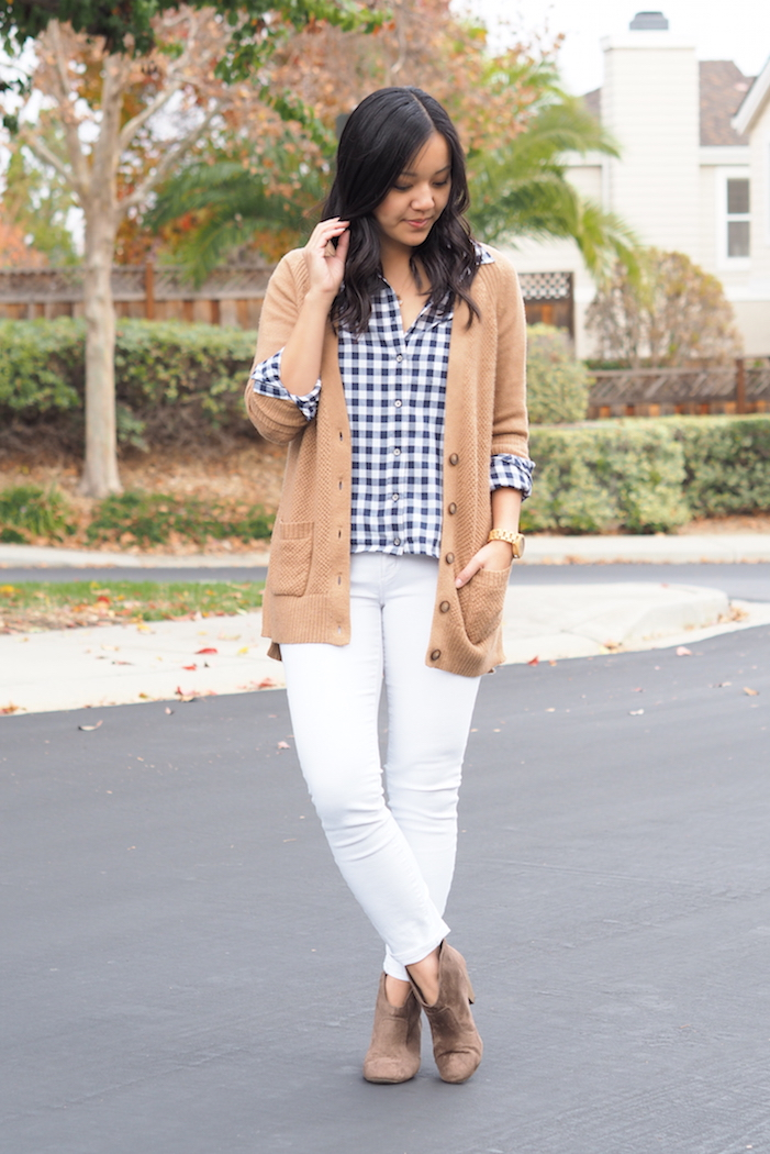 d15c8536ed449 It's Totally Okay to Wear White Jeans in the Winter - Putting Me ...