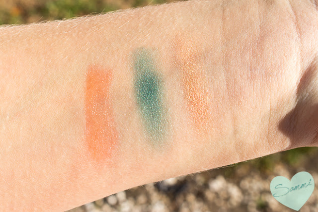 Swatches Coastal Scents styleEYES Eye Shadaow Sampler in glamourEYES and Jane Iredale Just Kissed Lip and Cheek Stain in Forever Peach - Birchbox: December 2015 Review Winter Essentials Unboxing and Review