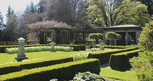 hatley park castle gardens victoria bc