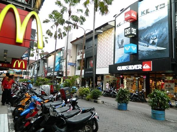Kuta Square