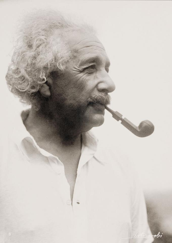 51 Famous Einstein Quotes About Love, Life, and Religion