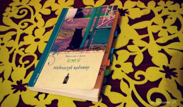 """[BOOK TOUR] """"Nieboszczyk wędrowny"""" Małgorzata J. Kursa"""