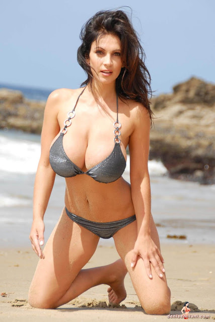 Denise-Milani-Beach-Silver-bikini-hottest-photoshoot-pics-1