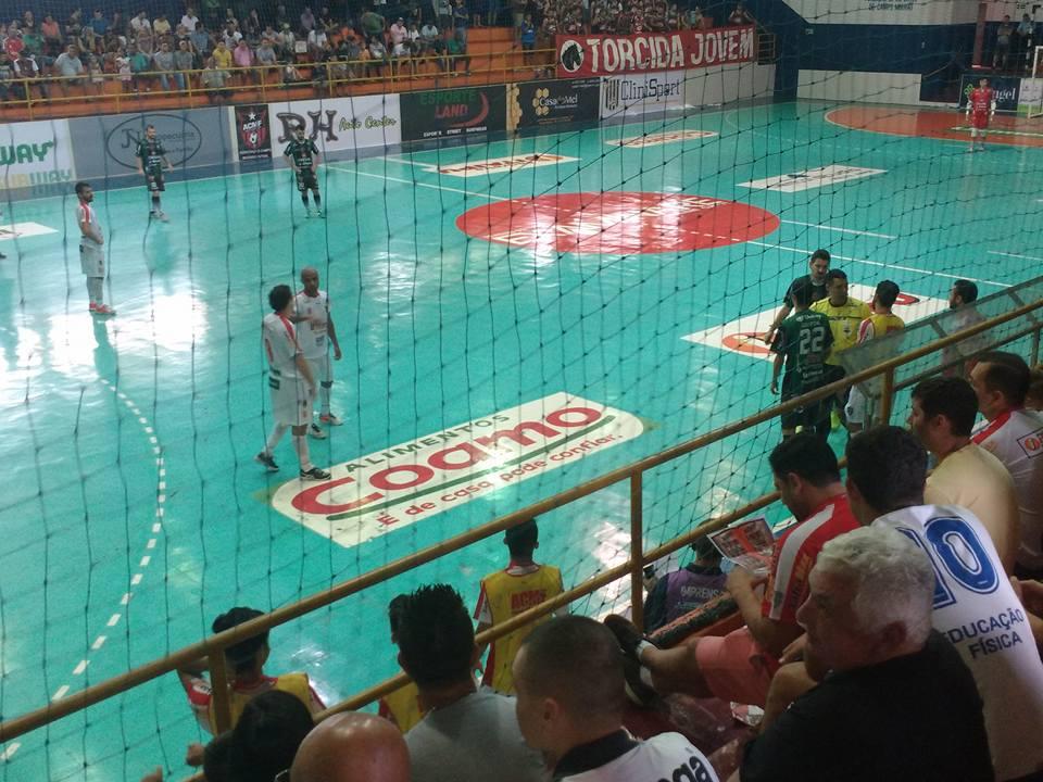 O Campo Mourão Futsal joga neste sábado às 20 horas em casa contra o Toledo  na sua quarta partida pelo Campeonato Paranaense de Futsal Chave Ouro. 20d28e9c55be0