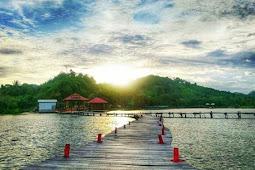 Wisata Lampung Pantai Dewi Mandapa