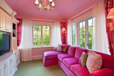 sala de estar rosa living room pink rose feminina mulher feminino fofa delicada elegante chique moderna cor colorida rose branca mulher