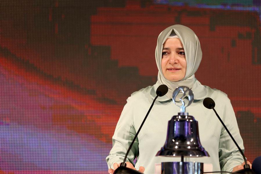 Aile ve Sosyal Politikalar Bakanı ve Ak Parti İstanbul Milletvekili Fatma Betül Sayan Kaya