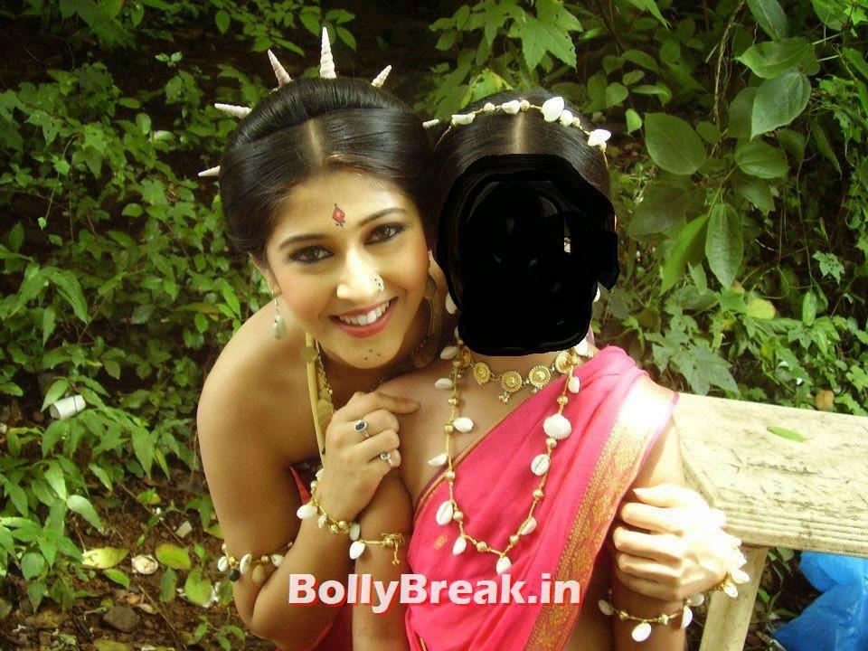 , Sonarika Bhadoria Without Blouse Saree Photos
