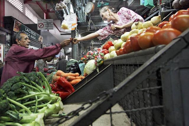 La canasta alimentaria de mayo superó los 220 millones de bolívares