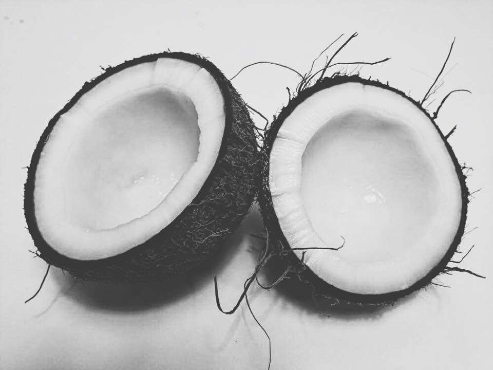 how coconut oil cured my skin conditions