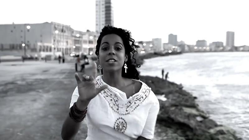 Danay Suárez - ¨Yo Aprendí¨ - Videoclip - Dirección: Wilberg H. Monterde. Portal Del Vídeo Clip Cubano - 07