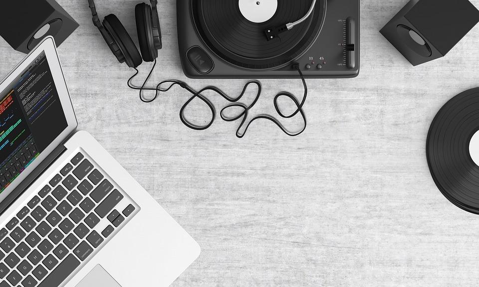 Trechos De Músicas Evangélicas Para Status Legendas Linda E