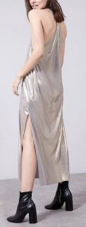 http://www.stradivarius.com/pl/ubrania/sukienki/z%C5%82ota-sukienka-do-kolan-c1476116p7677006.html?colorId=301