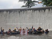 River Tubing Sungai Pusur, Sensasi Menyusuri Sungai yang Sempit