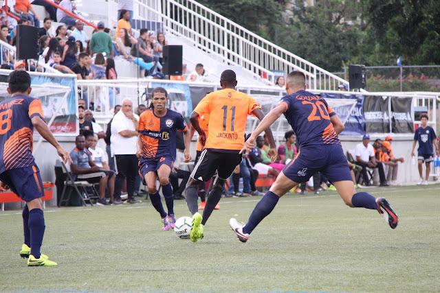 Cibao FC derrota a Delfines y sigue en la cima de la LDF