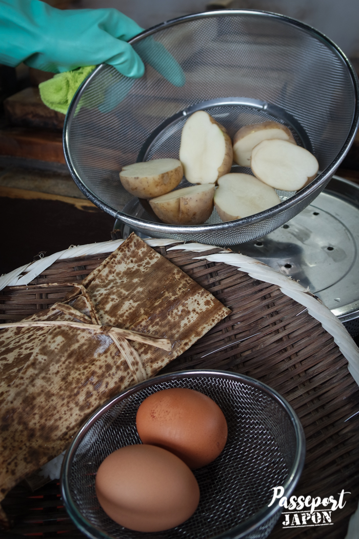 Légumes et oeufs avant cuisson, Jigoku Mushi Kôbô, Beppu