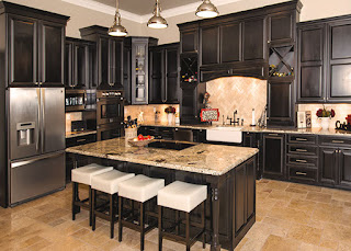 http://kitchenazcabinets.com