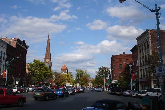 Street Main Hampton East