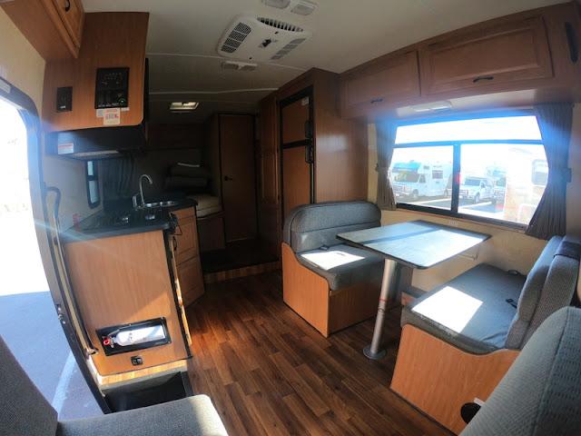 Tour do motorhome: conheça nossa casinha por dentro