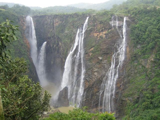 MadhyaPradesh Tour Package, pachmarhi tour, diwali tour packaes, akshar infocom, aksharonline.com, www.aksharonline.com, 8000999660