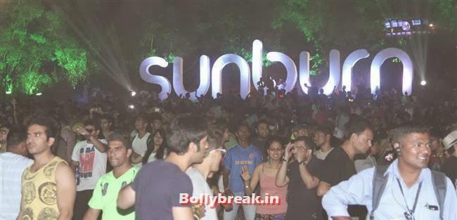 , Goa Party Pics 2013, Goa Sunburn Festival Pics 2013
