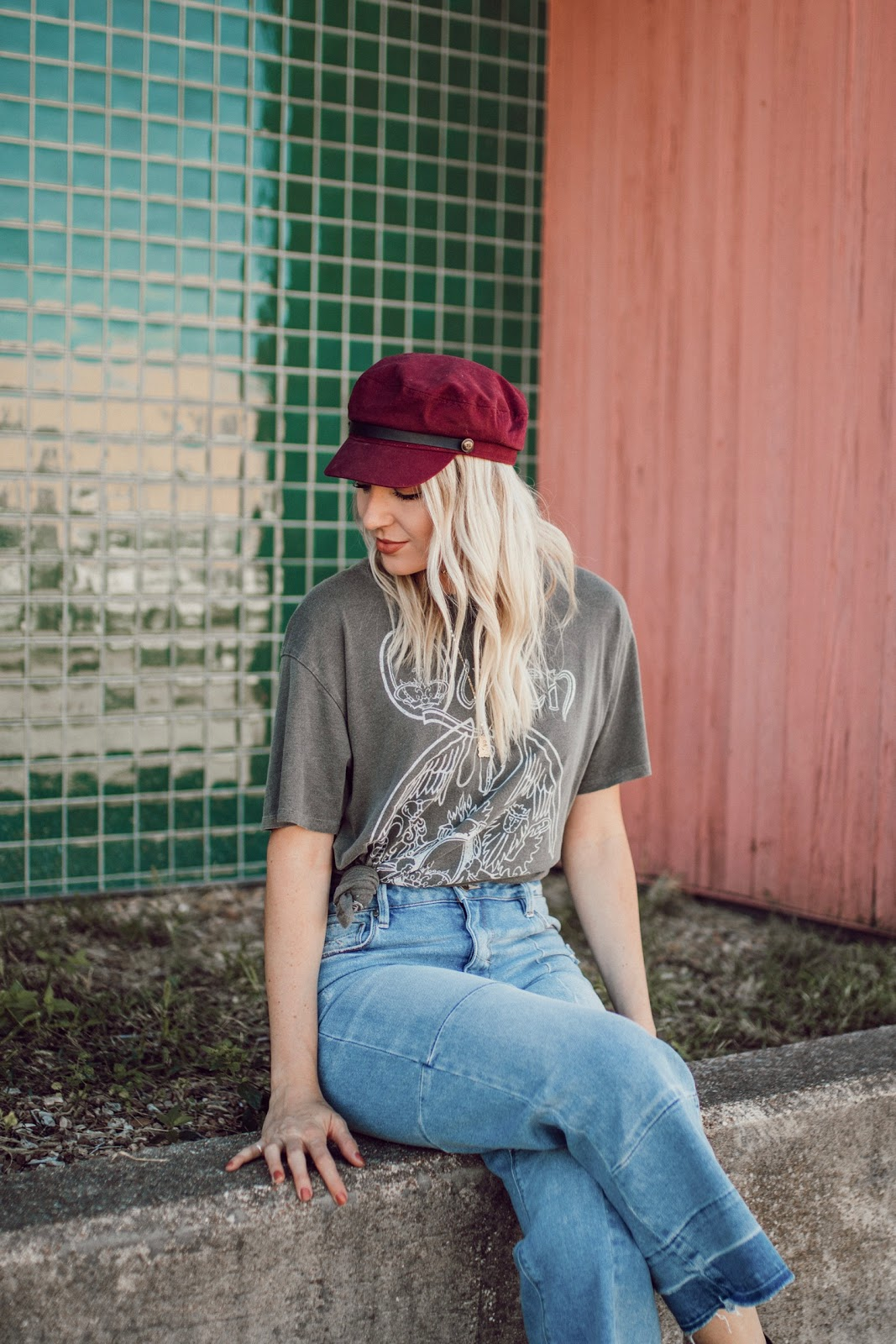 captain's hat, graphic tee