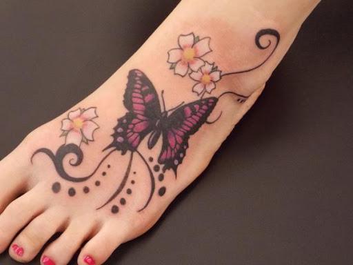 A mais bela borboleta desenho de tatuagem para as mulheres em pé, olhar muito agradável, você vai adorar este projeto
