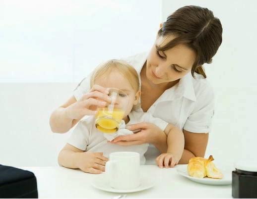 Sữa trái cây cho bé ăn dặm