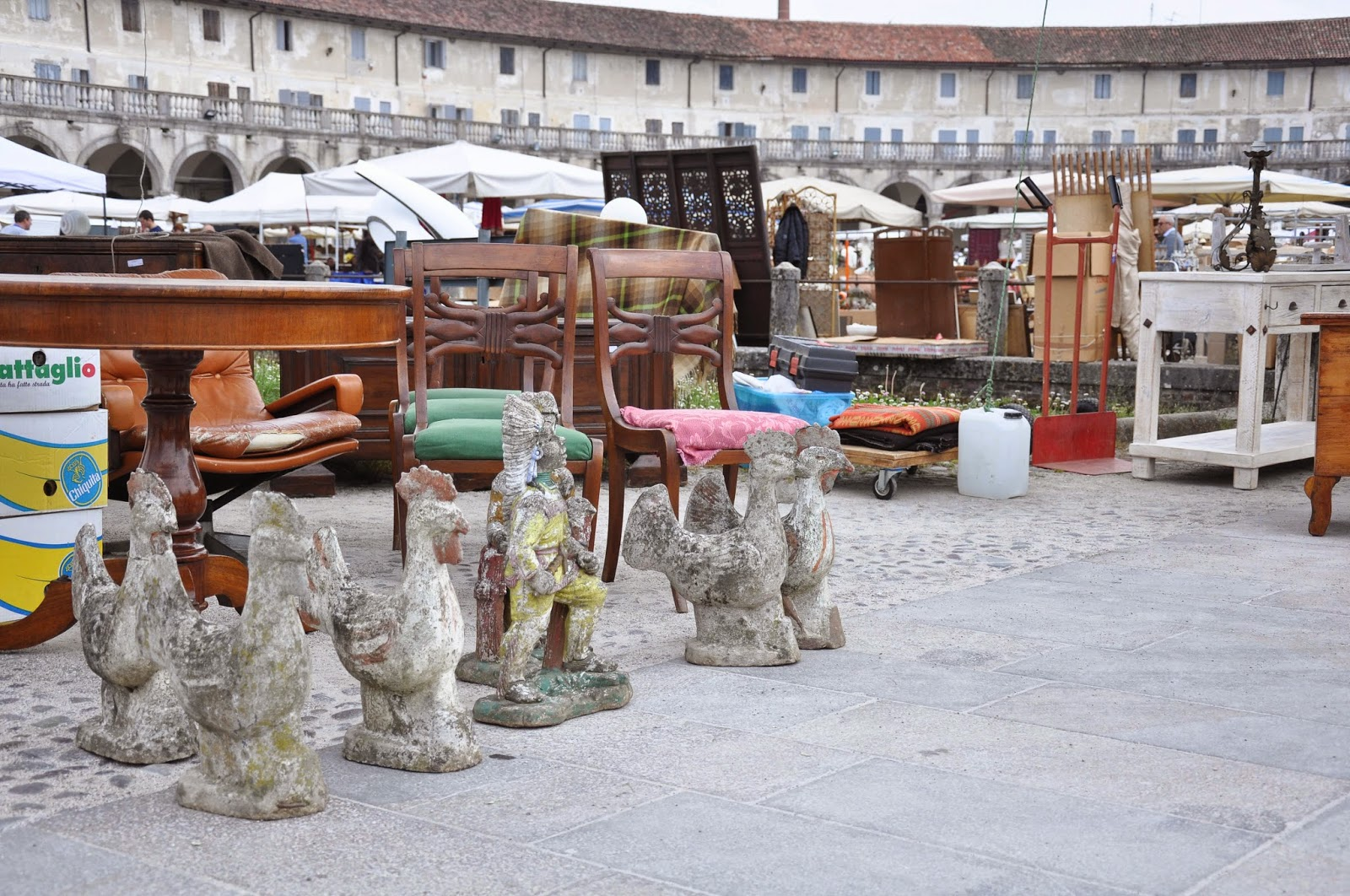 At the antiques market, Piazzola sul Brenta, Veneto, Italy