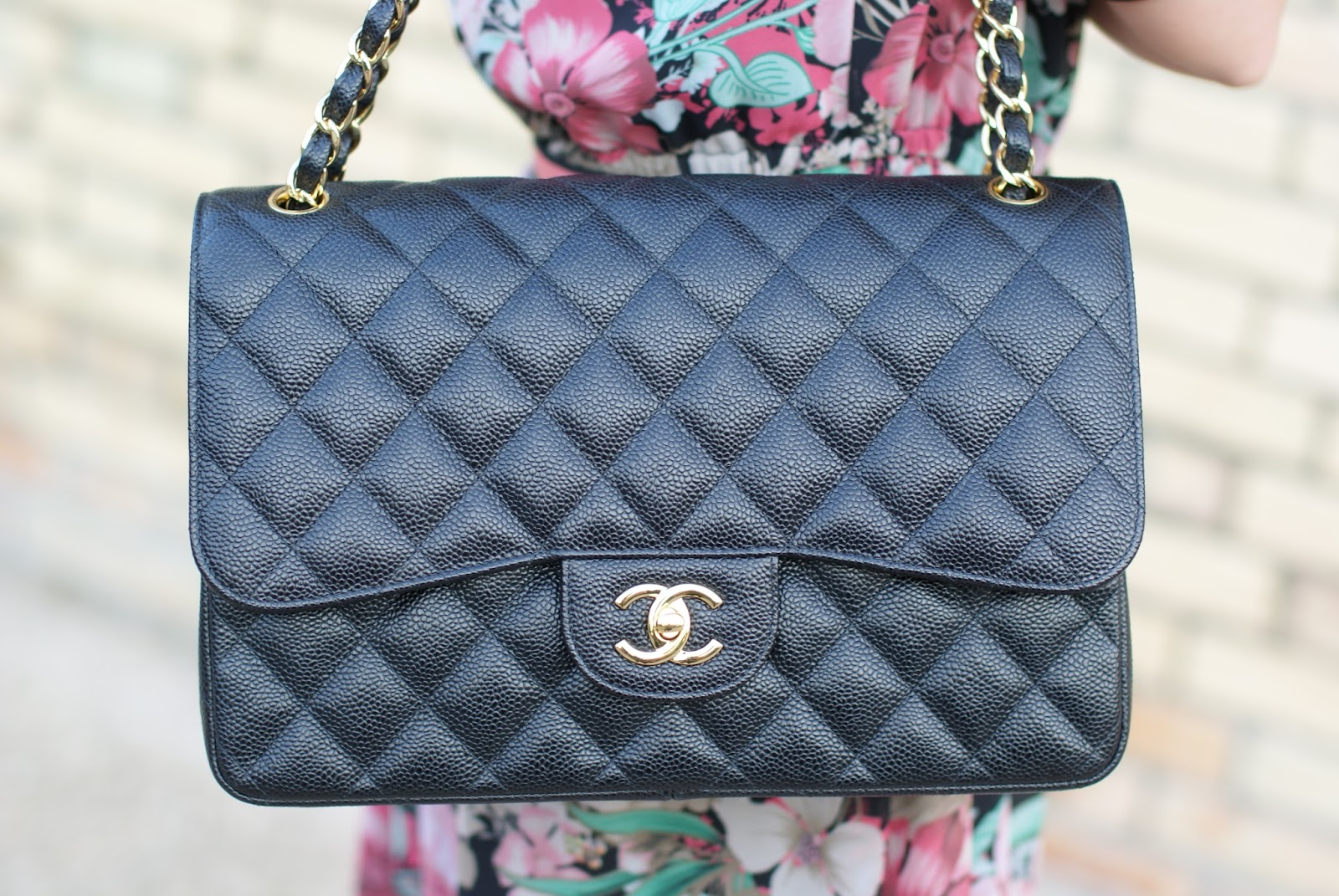 Chanel 2.55 black caviar bag on Fashion and Cookies fashion blog, fashion blogger style