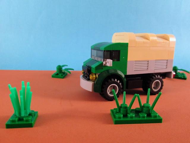 MOC LEGO Mercedes-Benz Unimog