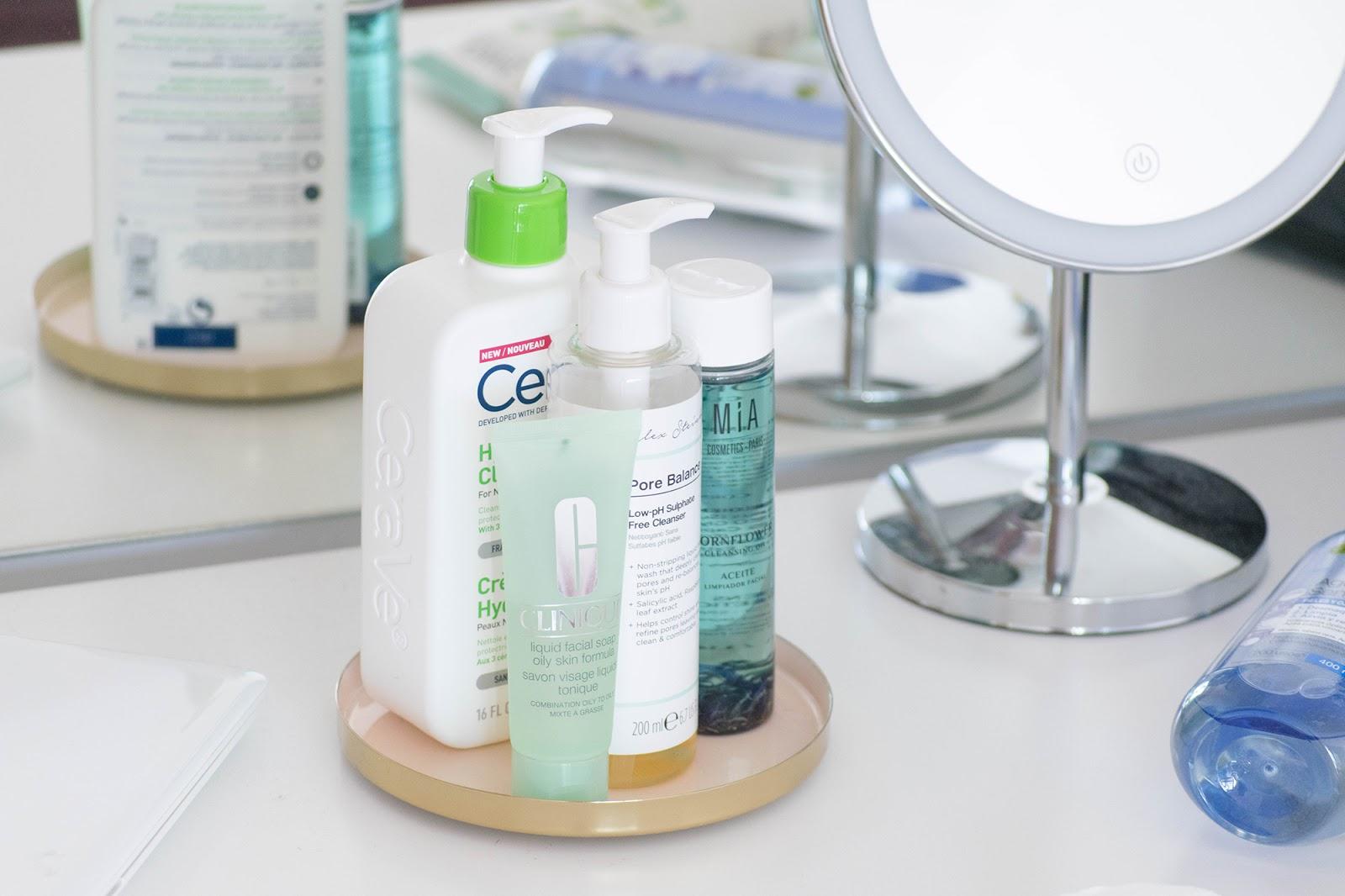 como limpar o rosto correctamente?