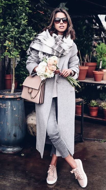 gorgeous fall outfit / scarf + grey coat + bag + skinny jeans + sneakers