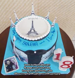 Kue tart Menara Eiffel (Edible Image Fondant)