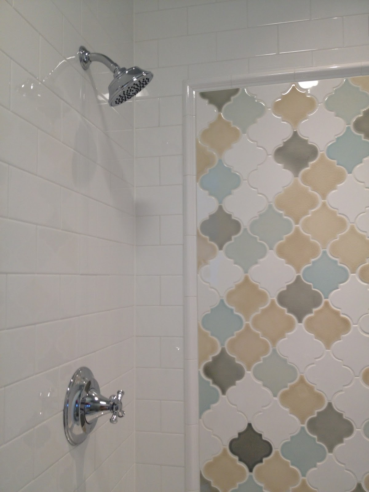 Pratt and Larson Tile and Stone: July 2013 - Guest Bathroom Tile Accents