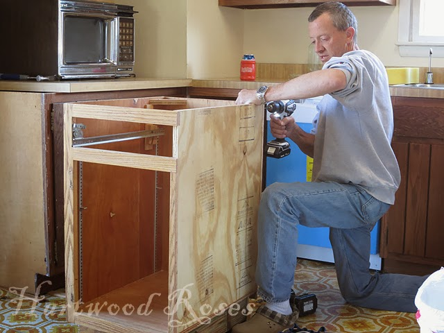 Hartwood Roses Transforming Kitchen Cabinets With Chalk Paint