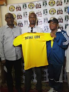 Gov. Aregbesola unveils Duke Udi as Osun Utd Chief Coach