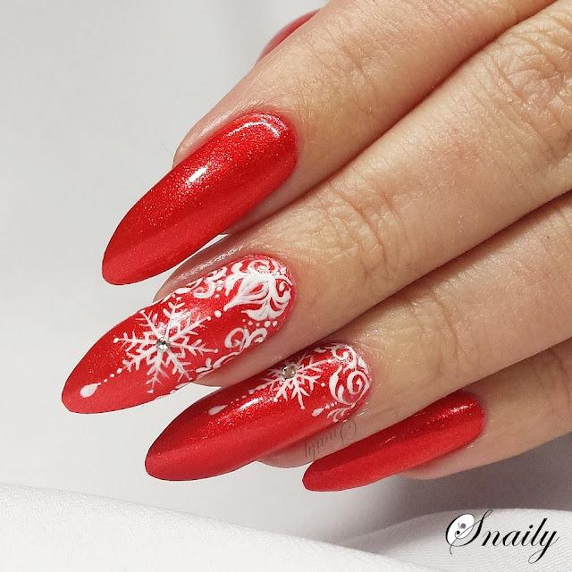 Śnieżynki w czerwieni