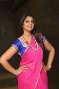 syamala sizzling saree stills-thumbnail-20