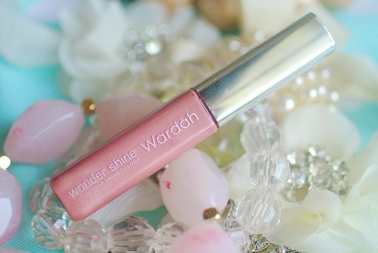 Tips tampil cantik dengan lipstik wardah wondershine