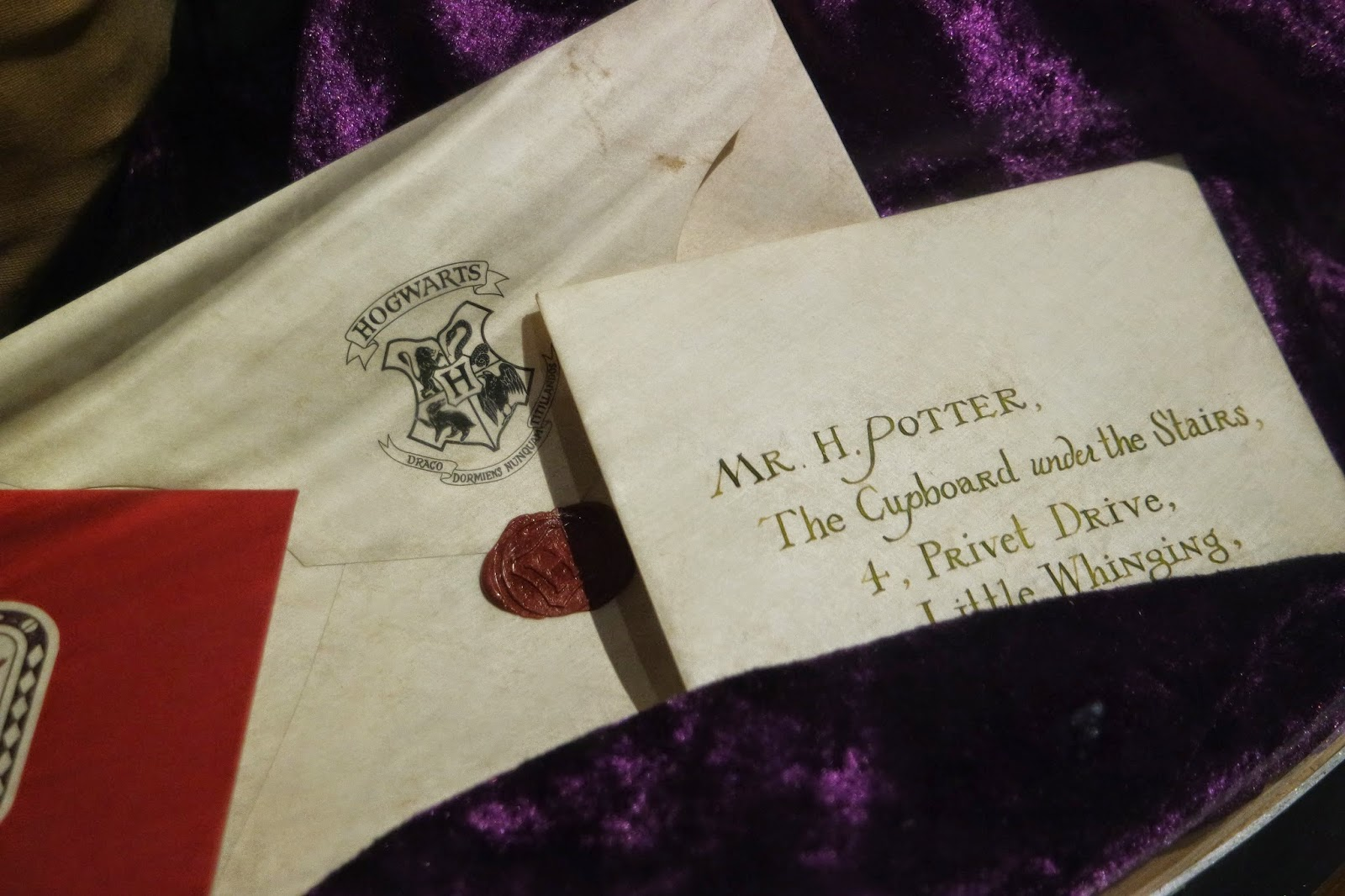 warner brothers studio tour harry potter hogwarts letter