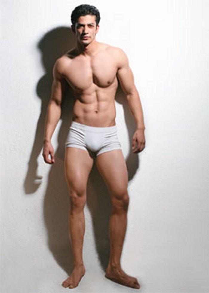 Shirtless Bollywood Men April 2011-8630