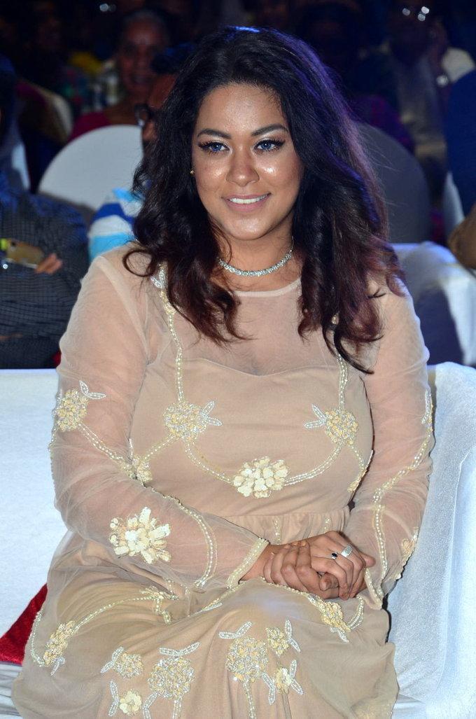 Telugu Actress Mumaith Khan At Kalamandir Anniversary In White Dress