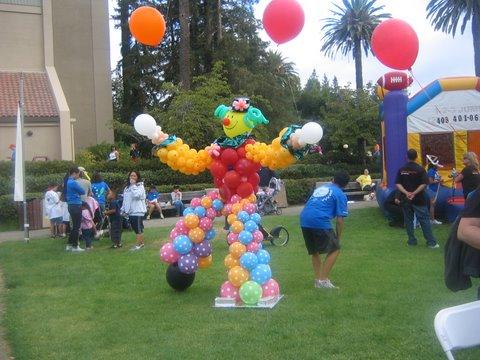 Big Juggling Clown
