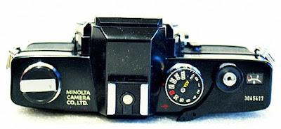 Minolta SRT-303, Top