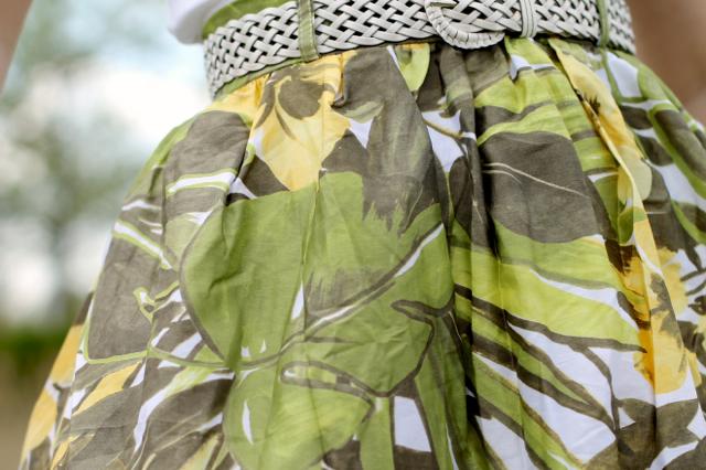 Tara Starlet leaf print skirt
