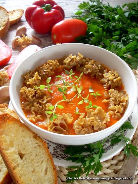 zupa krem z pieczonych warzyw i szmaciaka, kremowa zupa, zupa jarzynowa, szmaciak gałęzisty, siedzuń sosnowy, pieczone warzywa, papryka pieczona, zupa zmiksowana, krem z upieczonych warzyw, dania z grzybami, grzyb, kozia broda